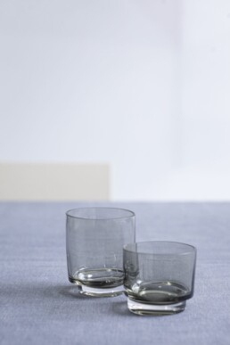 Glas 25 cl smokey grey MAARTEN BAAS Valerie Objects