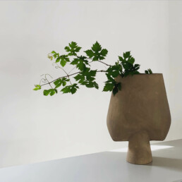 111028 3 SPHERE VASE SQUARE BIG SAND uai | Design Studio Anneke Crauwels | Interieur | Mechelen