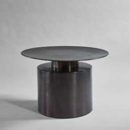 111076 PILLAR COFFEE TABLE LOW BURNED BLACK 1600px 2 uai | Design Studio Anneke Crauwels | Interieur | Mechelen