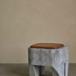 111155 5 SCULPT STOOL CONCRETE 1600px uai Interieur Architecten | Mechelen | Design Studio Anneke Crauwels